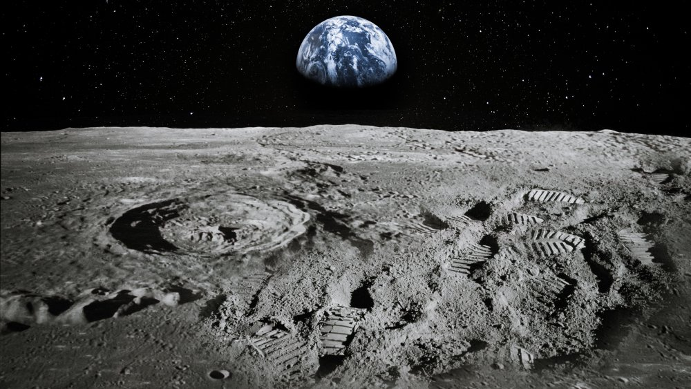 How much money does it cost to travel to the Moon?