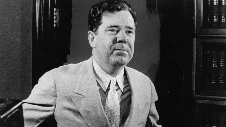 essays on huey p long Senator huey p long of louisiana gained national popularity by promising to give every family $5000 the works progress administration (wpa) aimed to do all of the following except.
