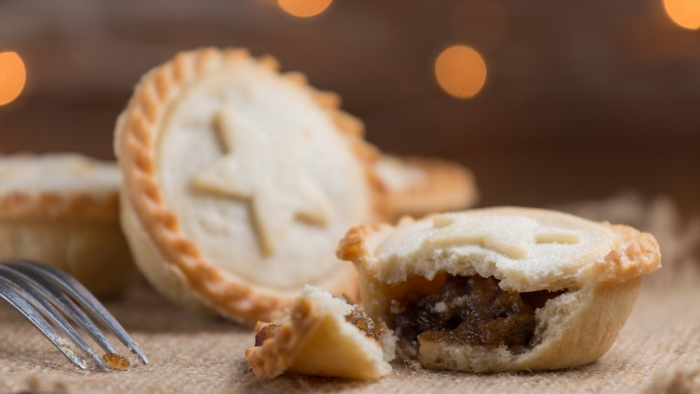 Mince Pie with out of focus highlights