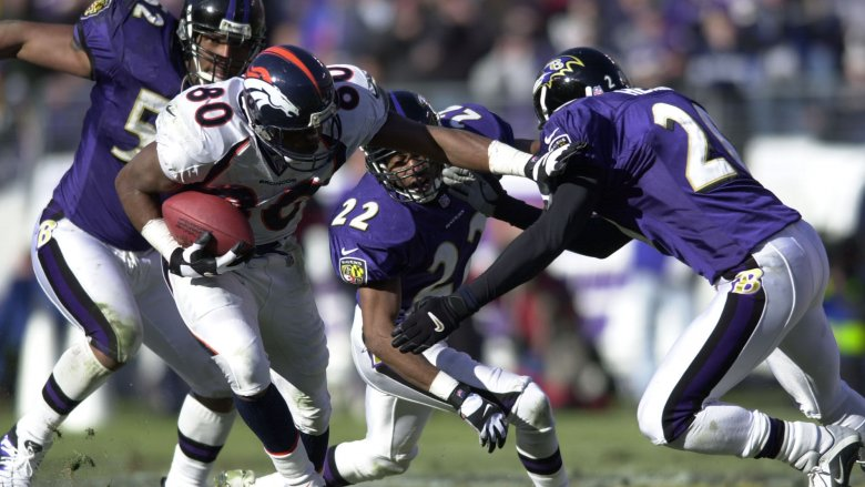 Ravens players tackling WR Rod Smith