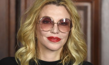 rock-stars-look-nothing-young-courtney-love