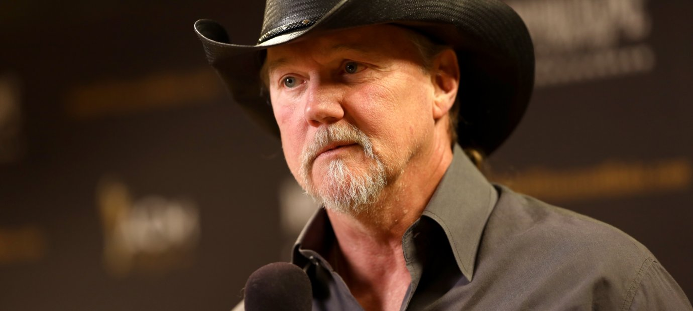 bands-tragic-accidents-touring-trace-adkins